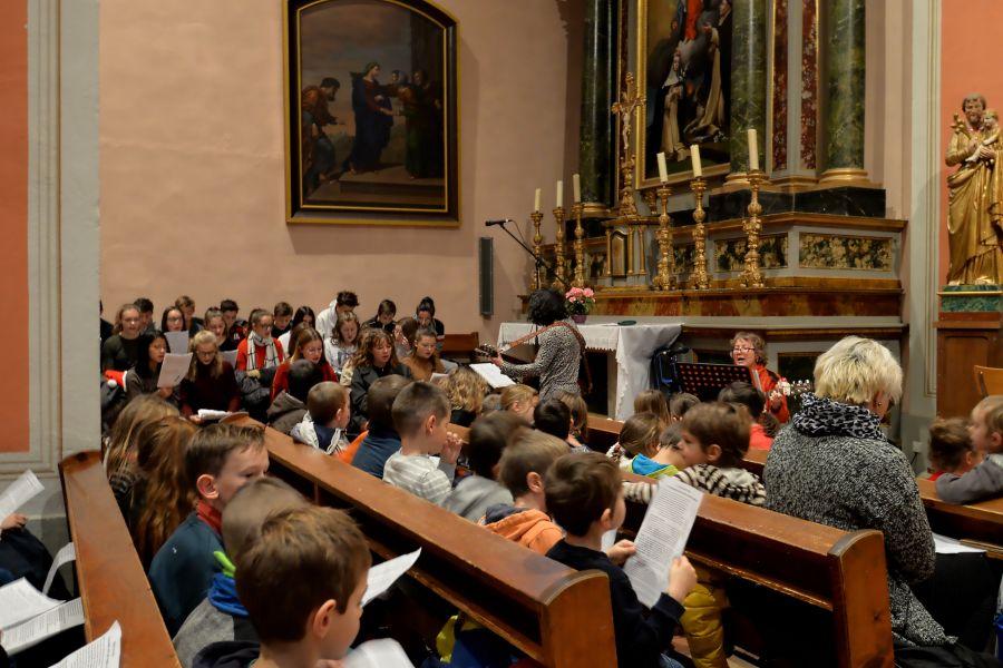 église de Bellevaux-célébration de Noël 2019-ensemble scolaire Notre Dame