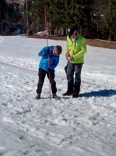 Apprendre à chercher un DVA en cas d'avalanche