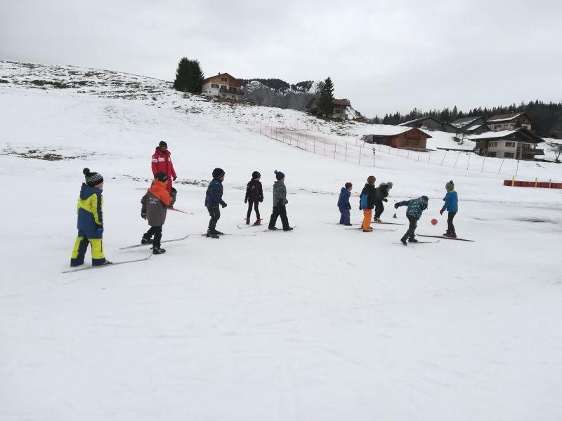 Le ski de fond pour les CP-CE1 en vallée verte